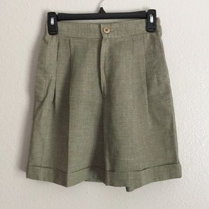 High Waisted Vintage Style Pleated Petite Shorts S
